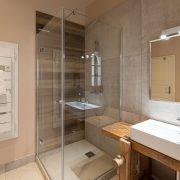Grande salle de bain, gite de charme Colmar
